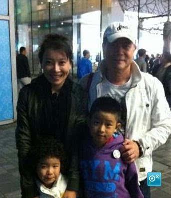 资讯生活张棪琰的老公是谁 张棪琰老公正面照 张棪琰女儿儿子近照